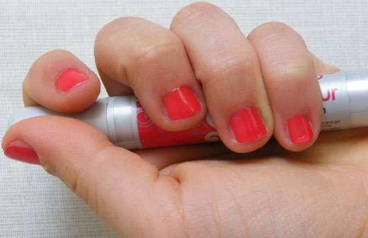 essence click & colour nail polish pen, Farbe: 05 chilli red