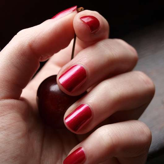 ESPRIT Color Last Nailpolish - 601 Prestigious red