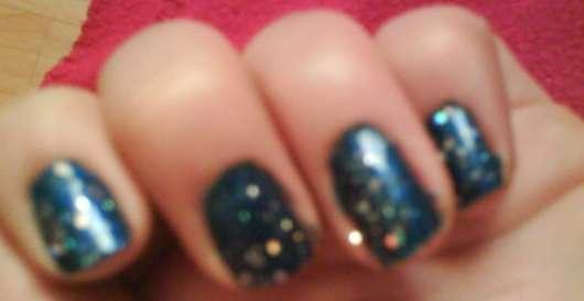 essence nail art glitter topper