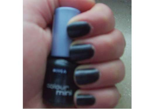 Nivea Beauté colour mini Nagellack, Farbe: 55 Black Sparkle