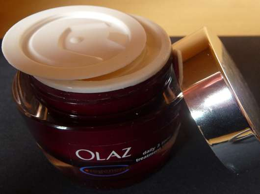 Olaz regenrist daily 3 zone treatment cream
