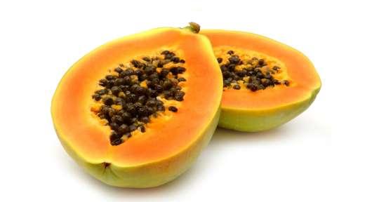 Papain aus Papayas – wirksam gegen unreine Haut?