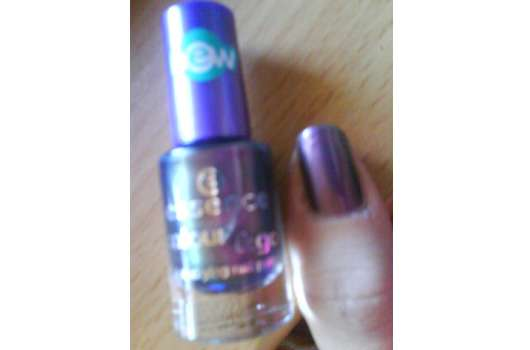 essence colour & go nail polish, Farbe: 43 where is the party?
