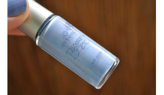 """essence """"Blossoms etc…"""" nail polish, Farbe: 05 FORGET-ME-NOT"""