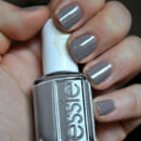 essie Nagellack, Farbe: 696 chinchilly