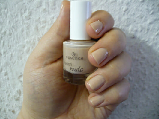 essence french nude nail polish, Farbe: 05 simply nude