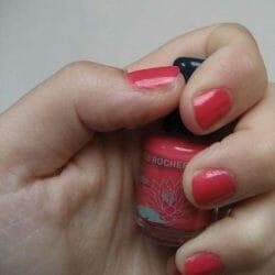 Produktbild zu Yves Rocher Luminelle Jardin des Nymphes Nagellack – Farbe: Pink