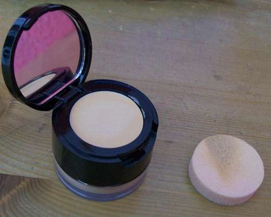 "Manhattan 2in1 Concealer & Fixing Powder, Farbe: 32 warm honey (""New York Royalz"" LE)"