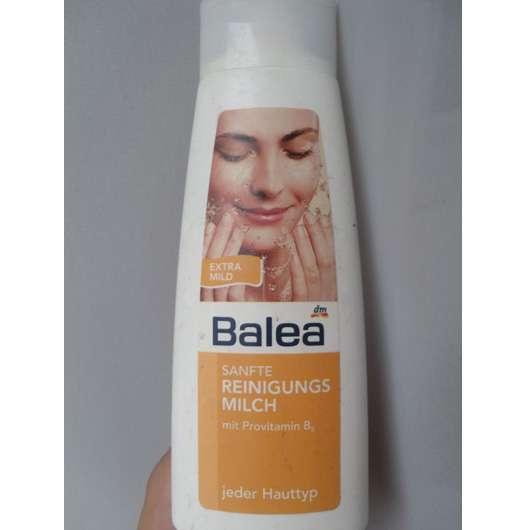 Balea Sanfte Reinigungsmilch für jeden Hauttyp