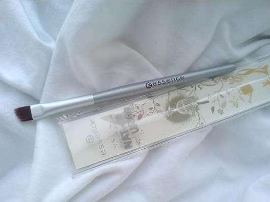 essence NATvenTURista gel eyleliner brush (Limited Edition)
