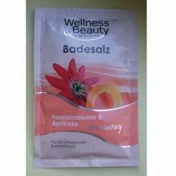 Produktbild zu Wellness & Beauty Badesalz Passionsblume & Aprikose