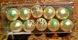 Produktbild zu p2 cosmetics happy new hands a box of luck + happiness handbath pearls (LE)