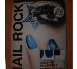 Produktbild zu Nail Rock Designer Nail Wraps – Blue And Gold Stars