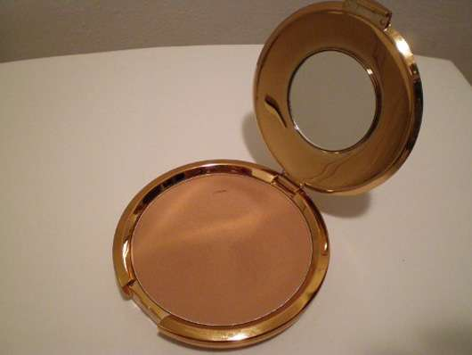 <strong>H&M</strong> Bronzer