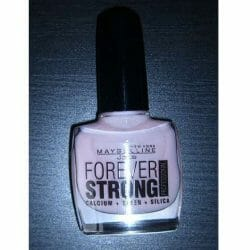 Produktbild zu Maybelline New York Forever Strong Professional Nagellack – Farbe: 286 Pink Whisper