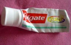 Produktbild zu Colgate Total Fresh Stripe Zahncreme