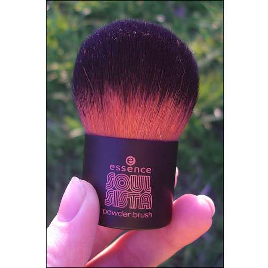 essence soul sista powder brush (LE)