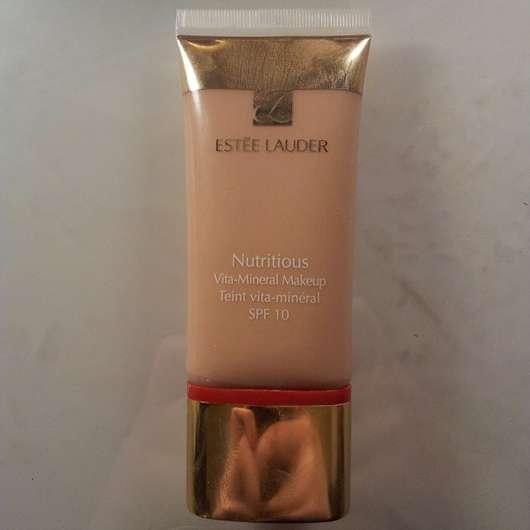 Estée Lauder Nutritious Vita-Mineral Makeup SPF 10, Nuance: 1.0
