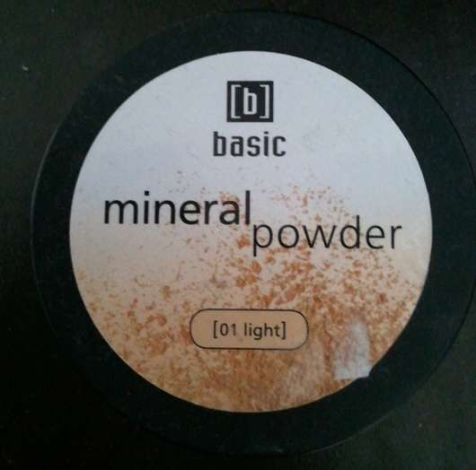 <strong>basic</strong> mineral powder - Farbe: 01 light
