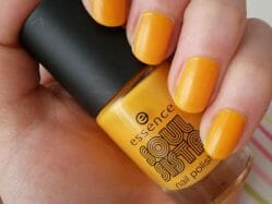 Produktbild zu essence soul sista nail polish – Farbe: 01 chilled orange (LE)