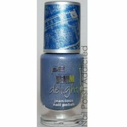 Produktbild zu p2 cosmetics denim delight jean-ious nail polish – Farbe: 020 navy washed denim (LE)