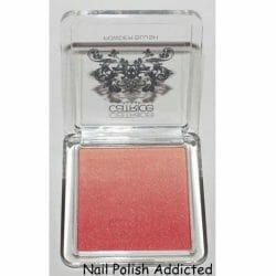Produktbild zu Catrice Powder Blush – Farbe: C01 Colour Bomb (Revoltaire LE)