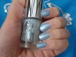 Produktbild zu Catrice Million Styles Effect Top Coat – Farbe: C06 Godfather of Pearl (LE)