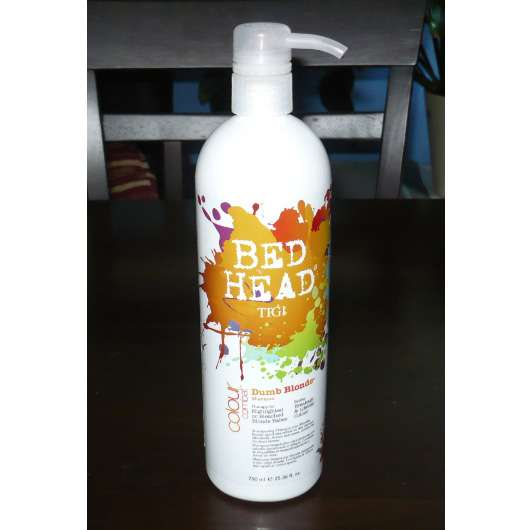 <strong>Bed Head by TIGI</strong> Colour Combat Dumb Blonde Shampoo