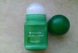 Produktbild zu Yves Rocher Jardins Du Monde Vetiver d'Haiti Deodorant Roll-on
