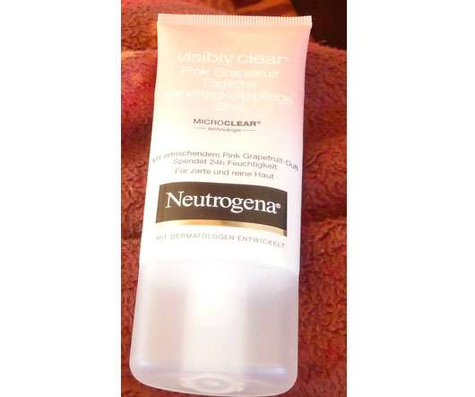 Neutrogena Visibly Clear Pink Grapefruit Tägliche Feuchtigkeitspflege Ölfrei