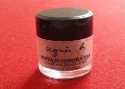 Produktbild zu agnès b. Loser Mineral-Puder-Lidschatten – Farbe: Beige Sable