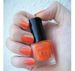 Produktbild zu Max Factor Max Effect Mini Nail Polish – Farbe: 25 Bright Orange