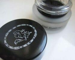 Produktbild zu ARTDECO Gel Eyeliner Dita Von Teese – Farbe: 01 Nocturnelle (LE)