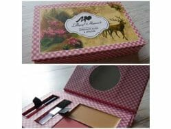 Produktbild zu MANHATTAN Lollipop & Alpenrock Make-up Kit – Farbe: 1 Brezel Babe (LE)