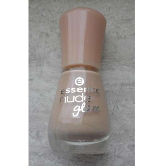 essence nude glam nail polish, Farbe: 01 hazelnut cream pie