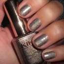 KIKO holographic nail lacquer, Farbe: 400 Steel Grey (Lavish Oriental LE)