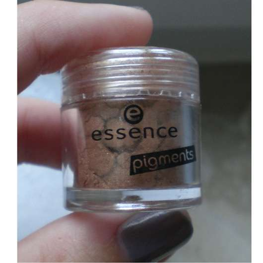 essence colour arts pigments, Farbe: 02 smell the caramel