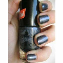 Produktbild zu essence nail art magnetics nail polish – Farbe: 06 spell bound!