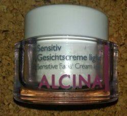 Produktbild zu Alcina Sensitiv Gesichtscreme light