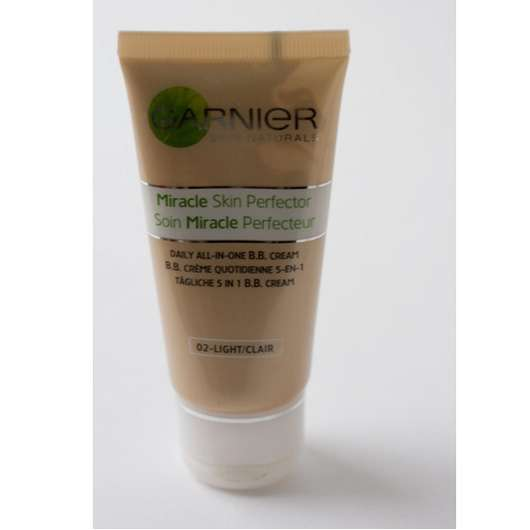 Garnier Miracle Skin Perfector Daily All-In-One B.B. Cream, Farbe: 02 Light/ Clear