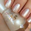 essence colour & go nail polish, Farbe: 102 sparkling water lily