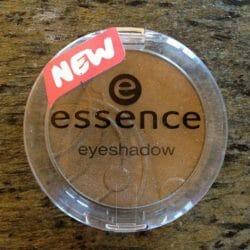 Produktbild zu essence eyeshadow – Farbe: 52 olive garden (shimmer)