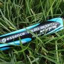 essence multi action waterproof mascara