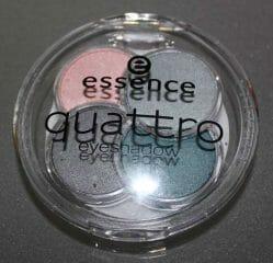 Produktbild zu essence quattro eyeshadow – Farbe: 11 sea my eyes