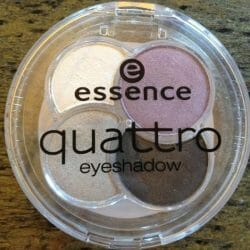 Produktbild zu essence quattro eyeshadow – Farbe: 01 XOXO