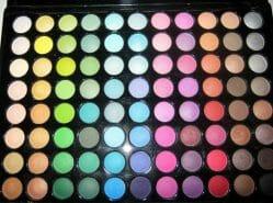 Produktbild zu bh cosmetics 88 Color Palette Standard Matte Eyeshadow