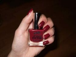 Produktbild zu p2 cosmetics color victim nail polish – Farbe: 691 can't get enough!