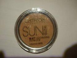 Produktbild zu Catrice Sun Glow Matt Bronzing Powder – Farbe: 010 Light Bronze