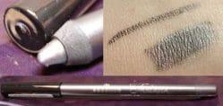 Produktbild zu essence fantasia metallic liner – Farbe: 01 not ivory but ebony (LE)