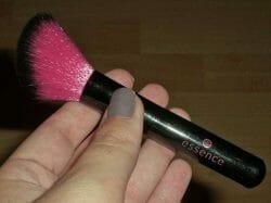Produktbild zu essence blush brush (abgeschrägt)